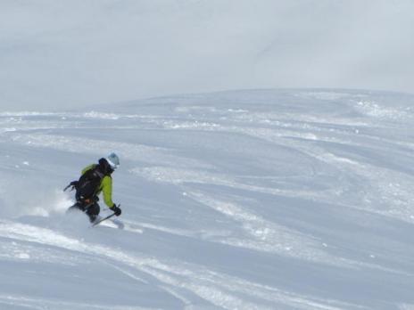 ski hors pistes descente sur le vallon de la Motte