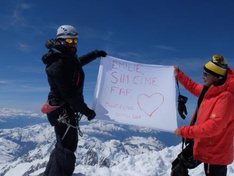 Un hommage à nos copains au sommet