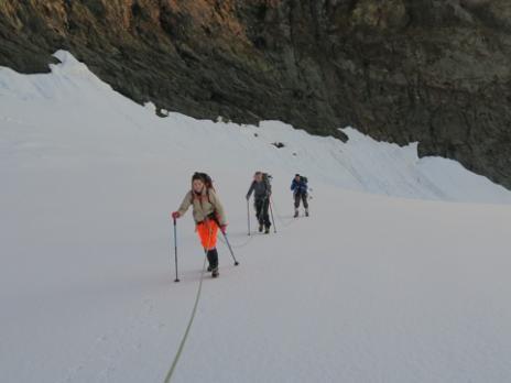 En arrivant sur le glacier