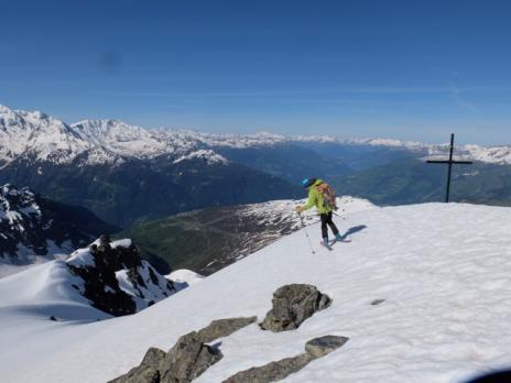 En partant du sommet