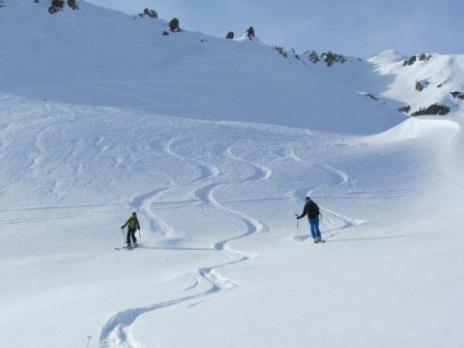 Ski de randonnée neige poudreuse - massif du Beaufortain