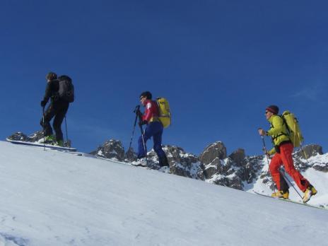 ski de randonnée dans le Beaufortain - montée au col de Portette