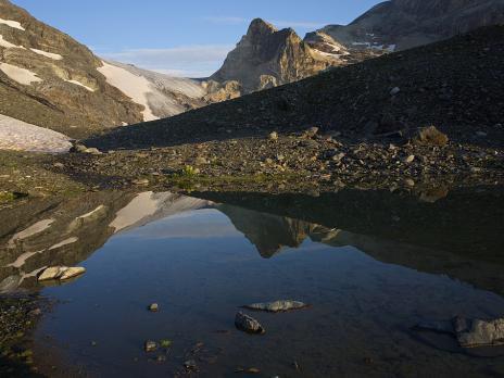 le col du Pelve vu depuis les lacs de Chasseforêt