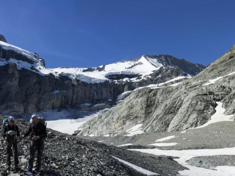 Le bas du glacier de Pramort.